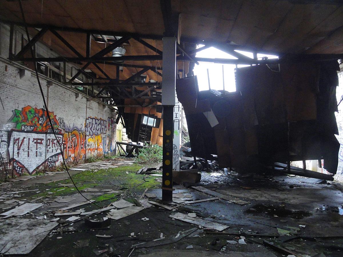 Urban Exploration Photography Frankfurt - Lost Places Teves Werke