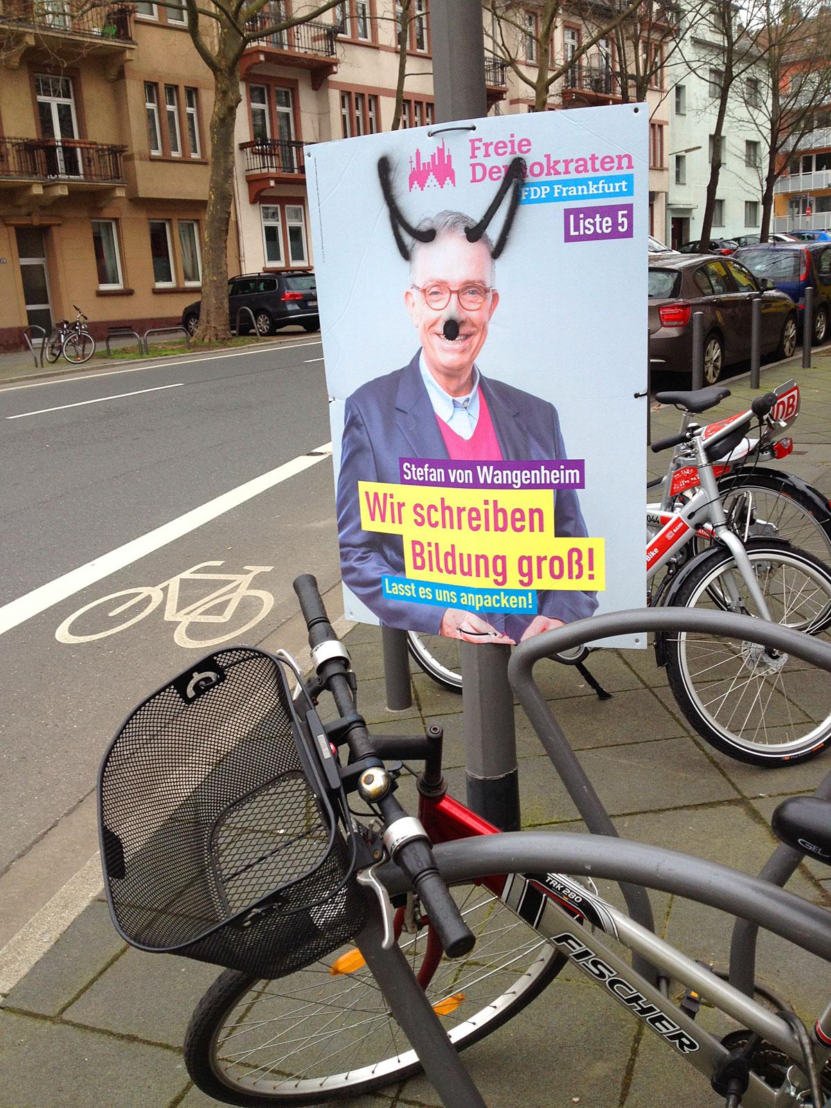wahlplakate-zur-kommunalwahl-in-frankfurt-2016-fdp-bildung