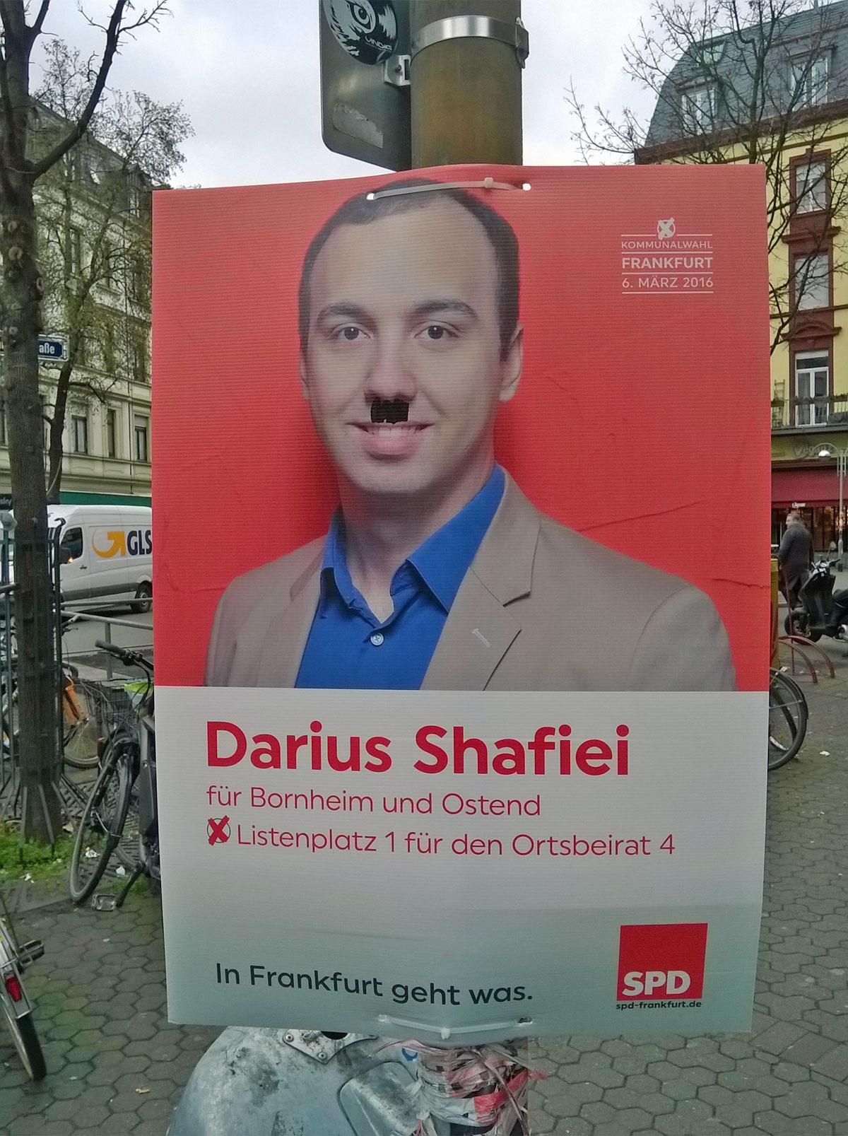 wahlplakate-zur-kommunalwahl-in-frankfurt-2016-spd-tschirschke-mit-bart-spd-shafiei-mit-schnaeuzer