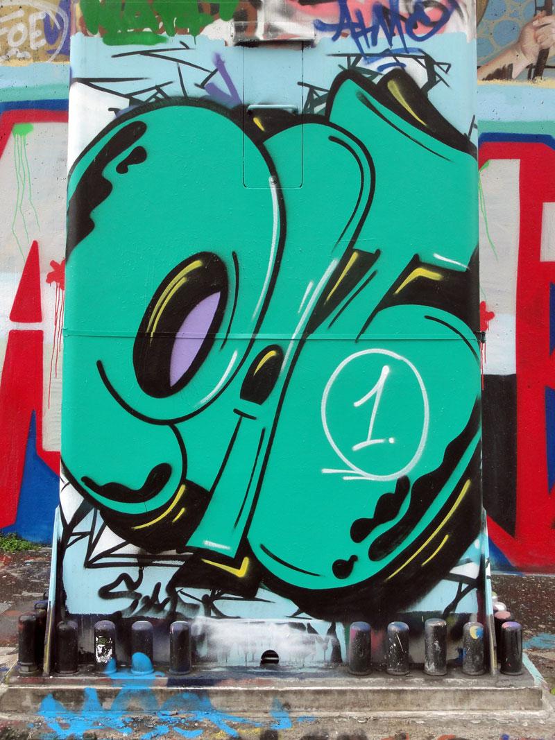 eat-2-graffiti-hanauer-landstrasse