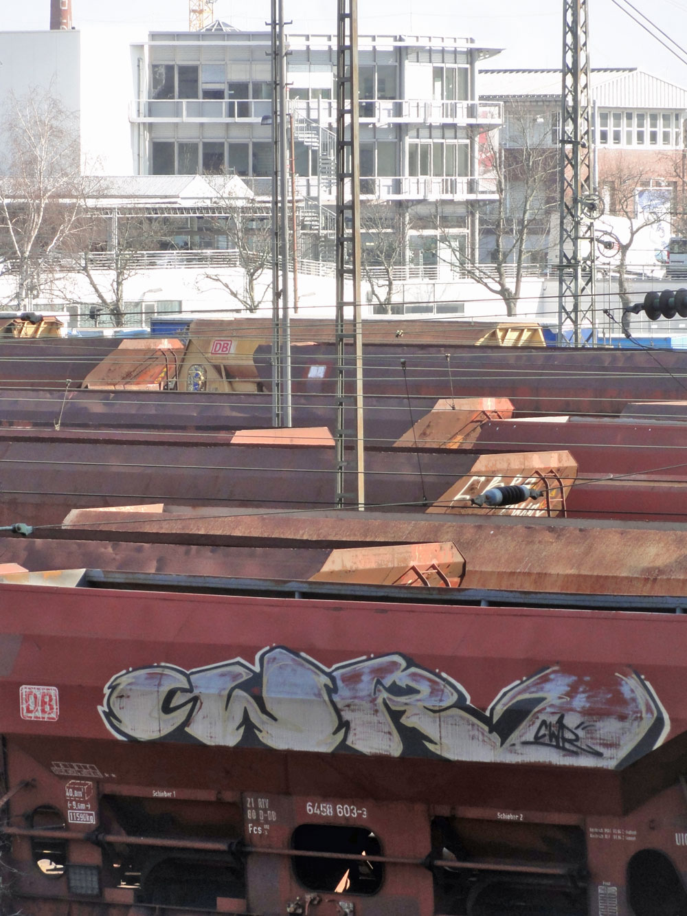 frankfurt-graffiti-auf-gueterzuegen-06