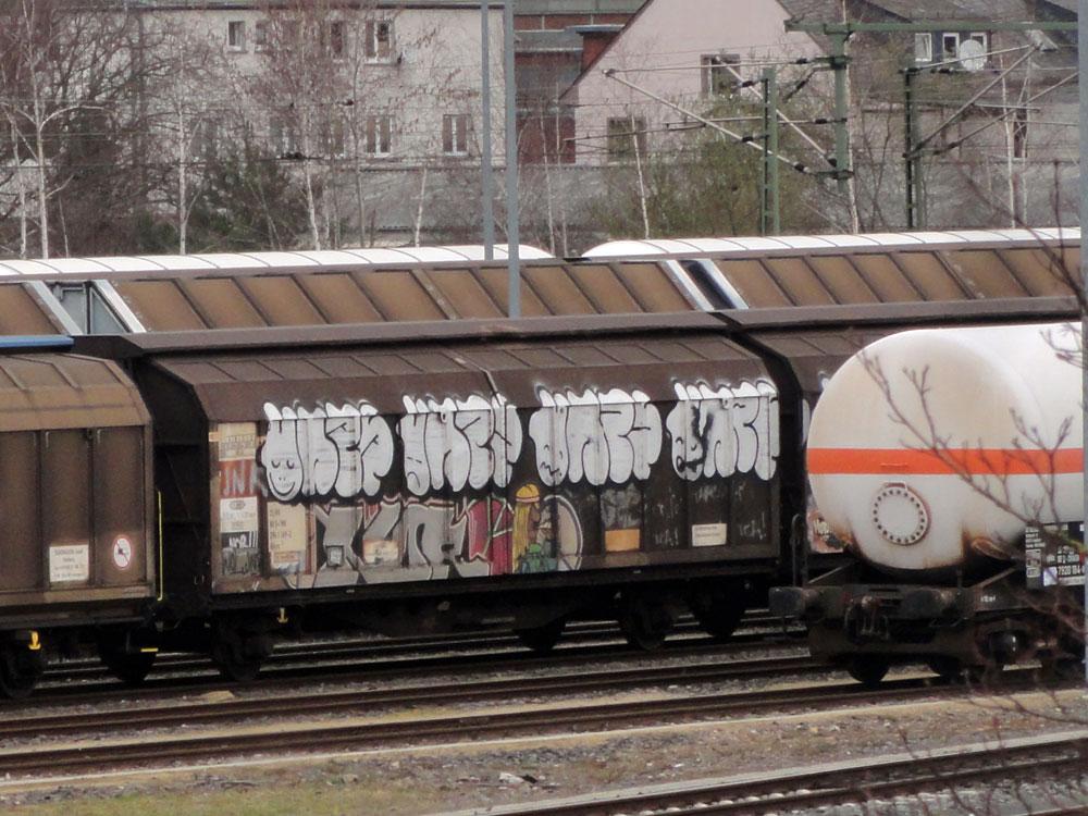 frankfurt-graffiti-auf-gueterzuegen-12