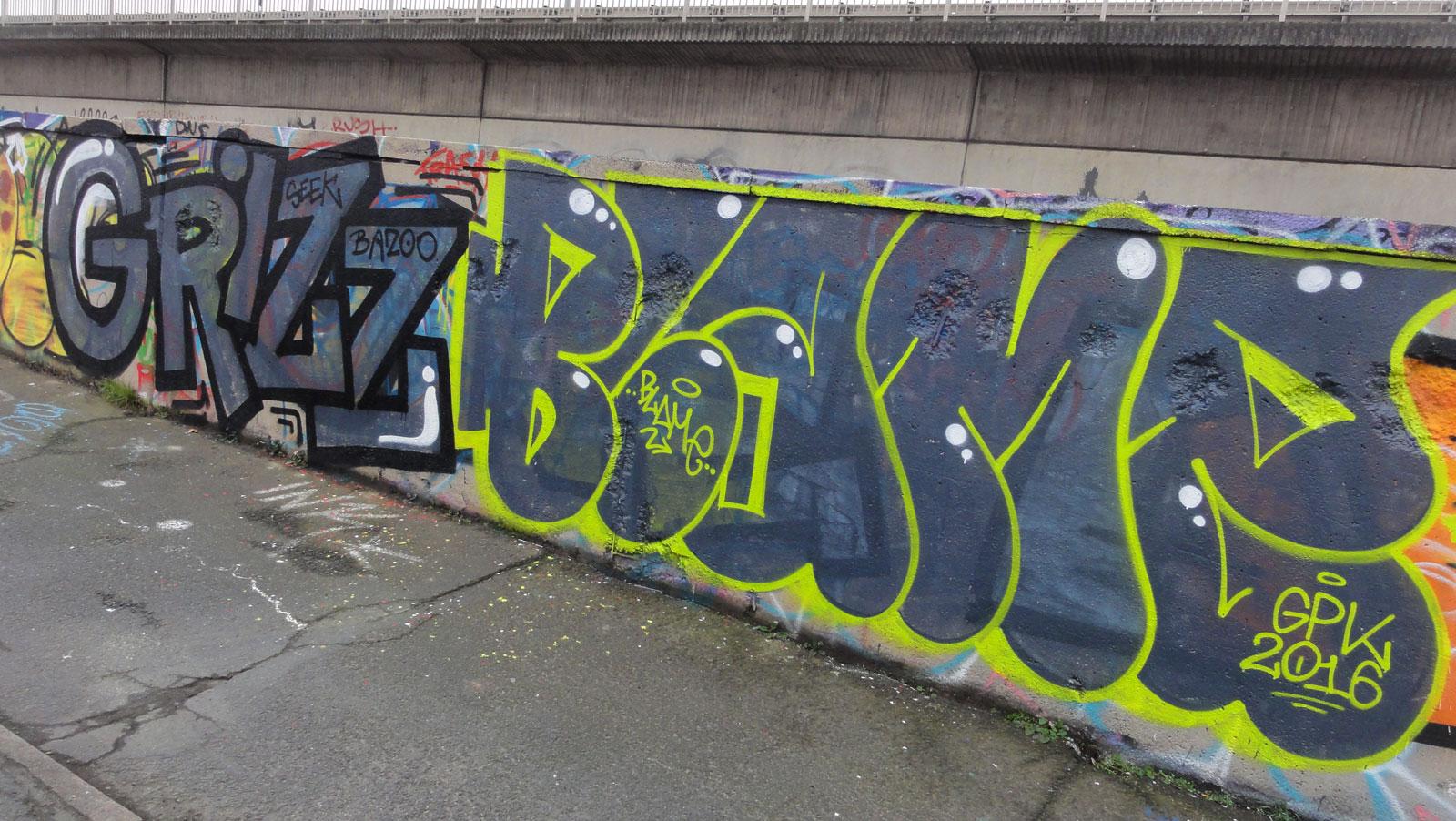 grizz-blame-graffiti-hanauer-landstrasse