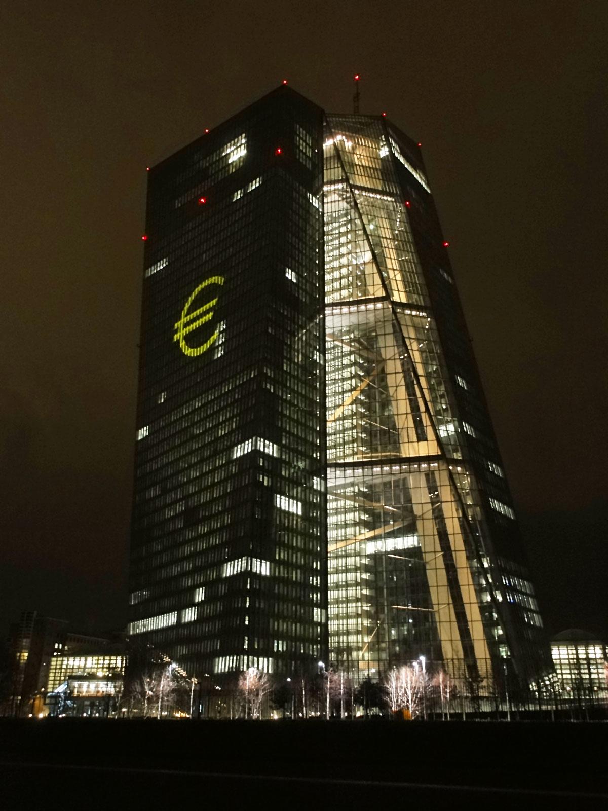 Fotos von der Luminale 2016 in Frankfurt: Der EZB- Neubau im Ostend