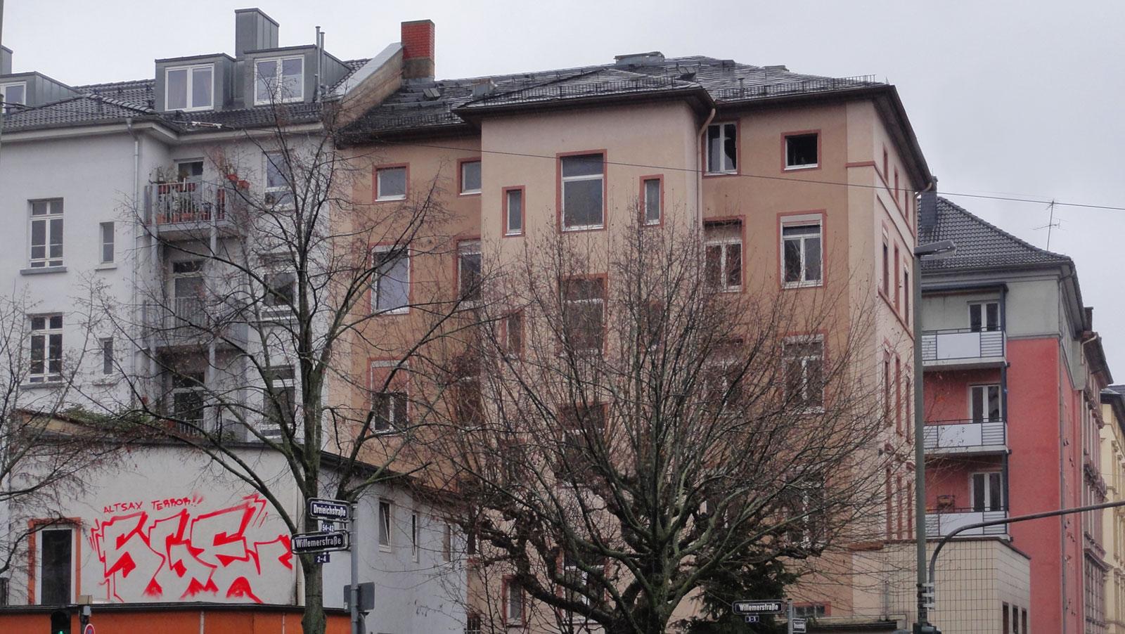 Rooftop- Graffiti von SGE in Frankfurt- Sachsenhausen