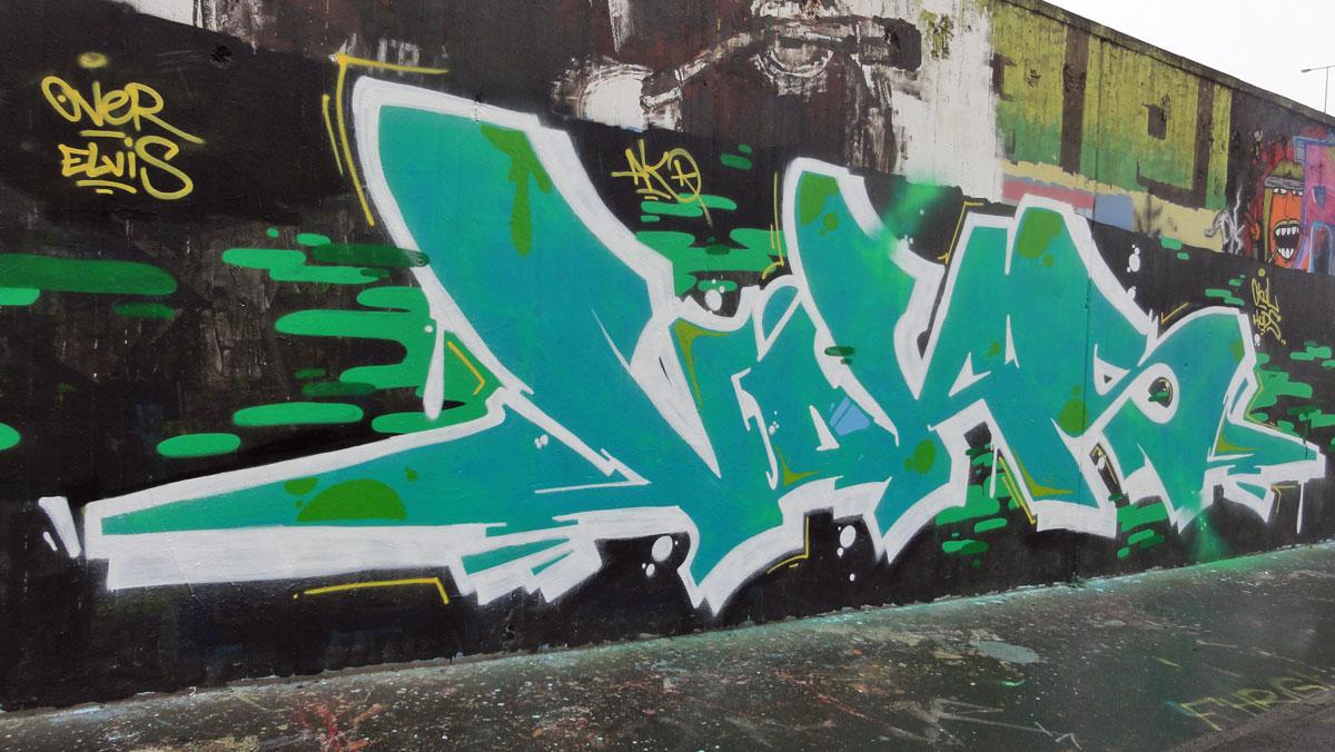 voks-graffiti-hanauer-landstrasse
