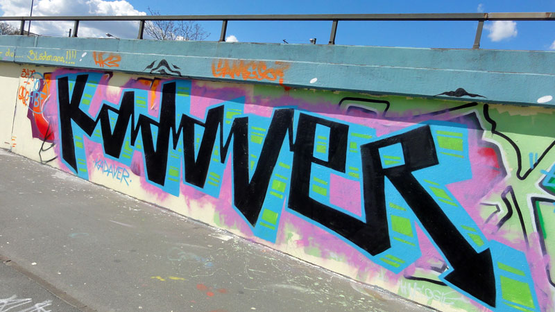 frankfurt-graffiti-ratsweg-hanauer-landstrasse-2016-foto-025-kadaver