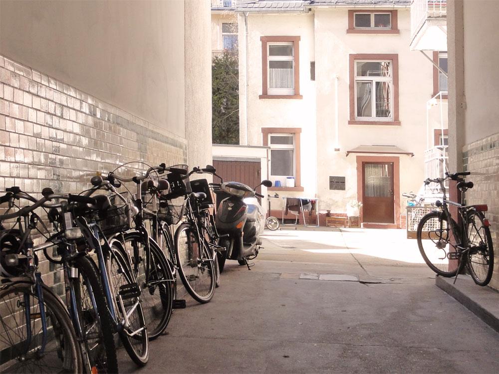 Hinterhof im Frankfurter Nordend