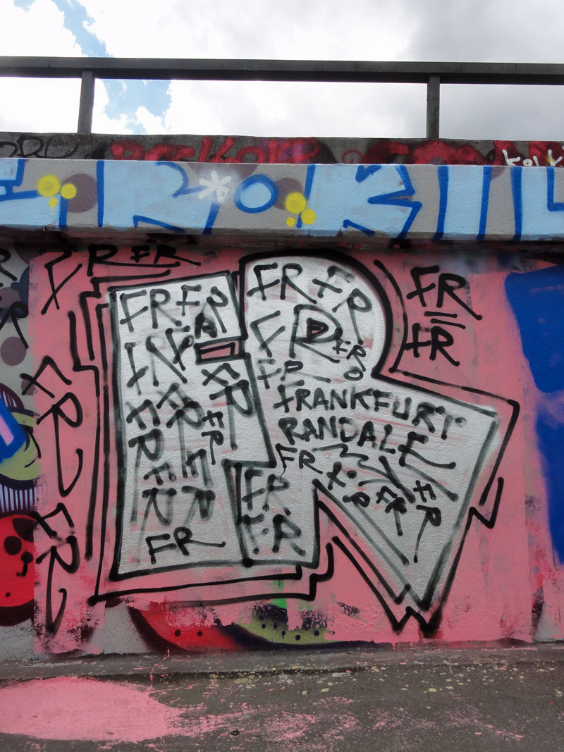 fr-frankfurter-randale-hall-of-fame-frankfurt-ratsweg-riederhoefe
