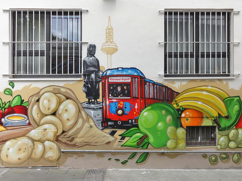 Frau Rauscher und der Ebeblwei Expreß - Graffiti an der Kleinmarkthalle in Frankfurt am Main