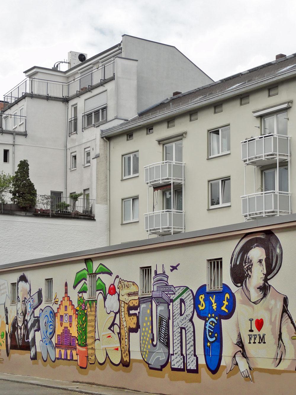 Graffiti an der Kleinmarkthalle in Frankfurt am Main