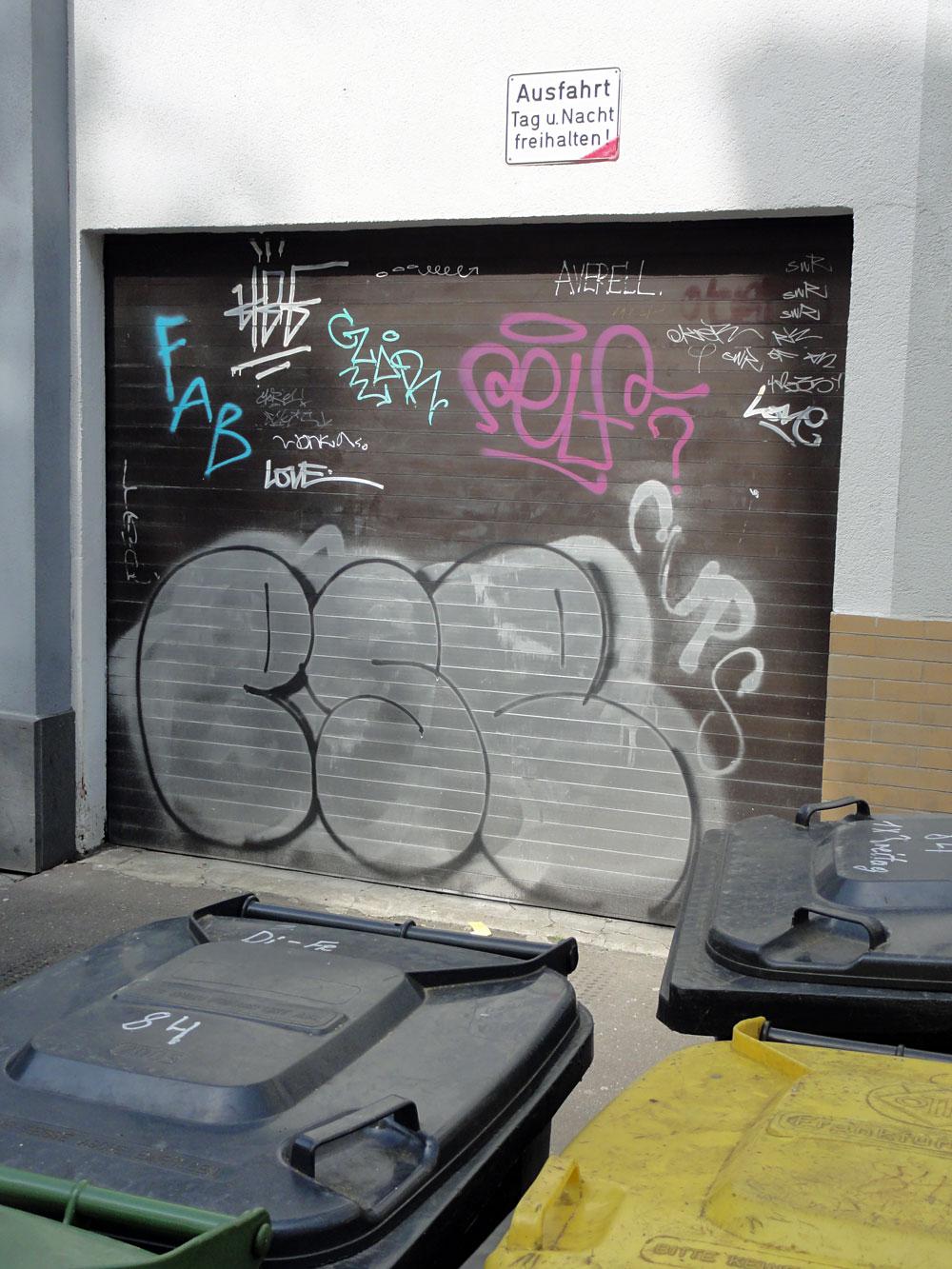 shutter-art-graffiti