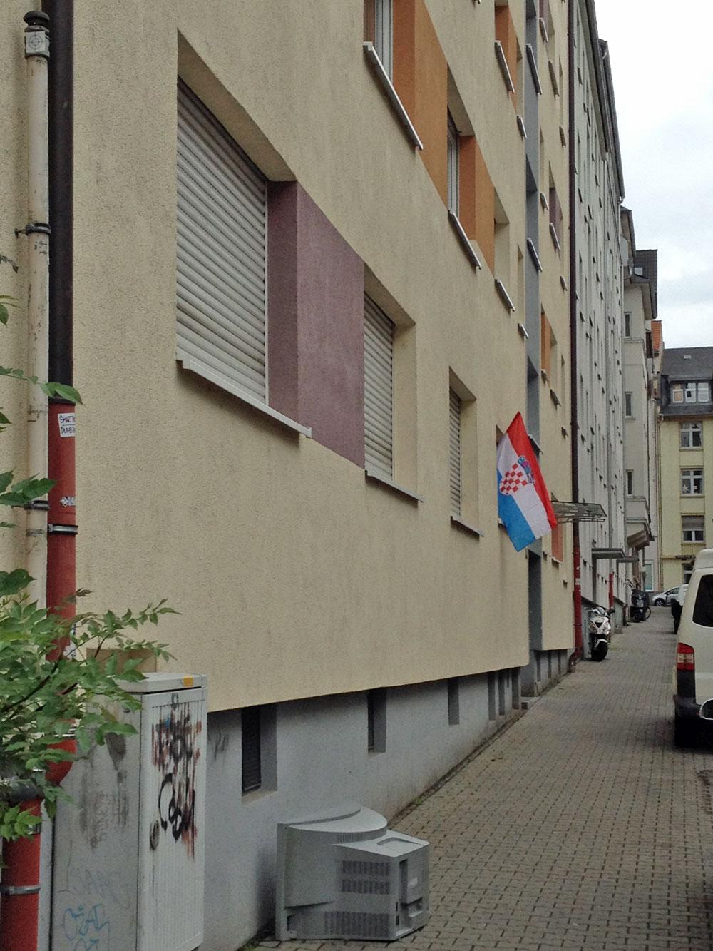 Kroatienfahne zur EURO 2106 in Frankfurt