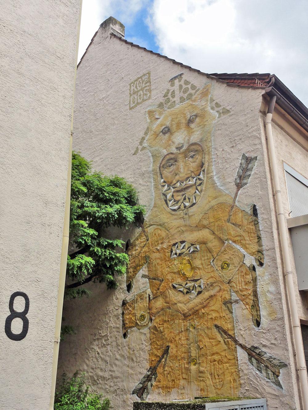 koz-dos-graffiti-hausfassade-mainz-kastel