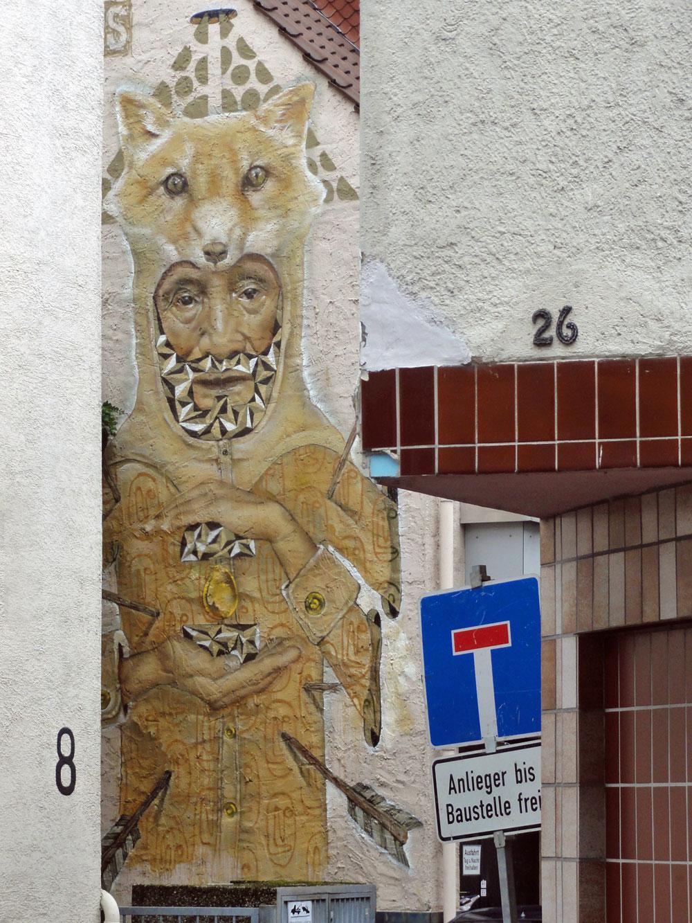 koz-dos-graffiti-hausfassade-wiesbaden