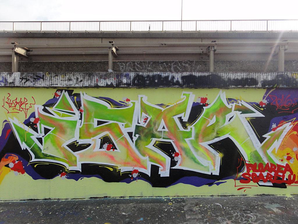 isar-hanauer-landstrasse-graffiti-in-frankfurt-