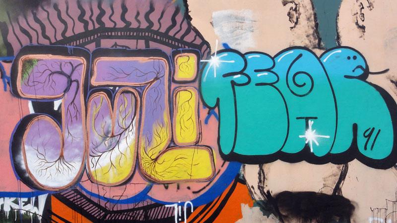 juli-fear-hanauer-landstrasse-graffiti-in-frankfurt-
