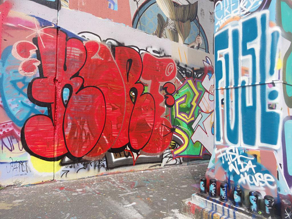 kurt-hanauer-landstrasse-graffiti-in-frankfurt-