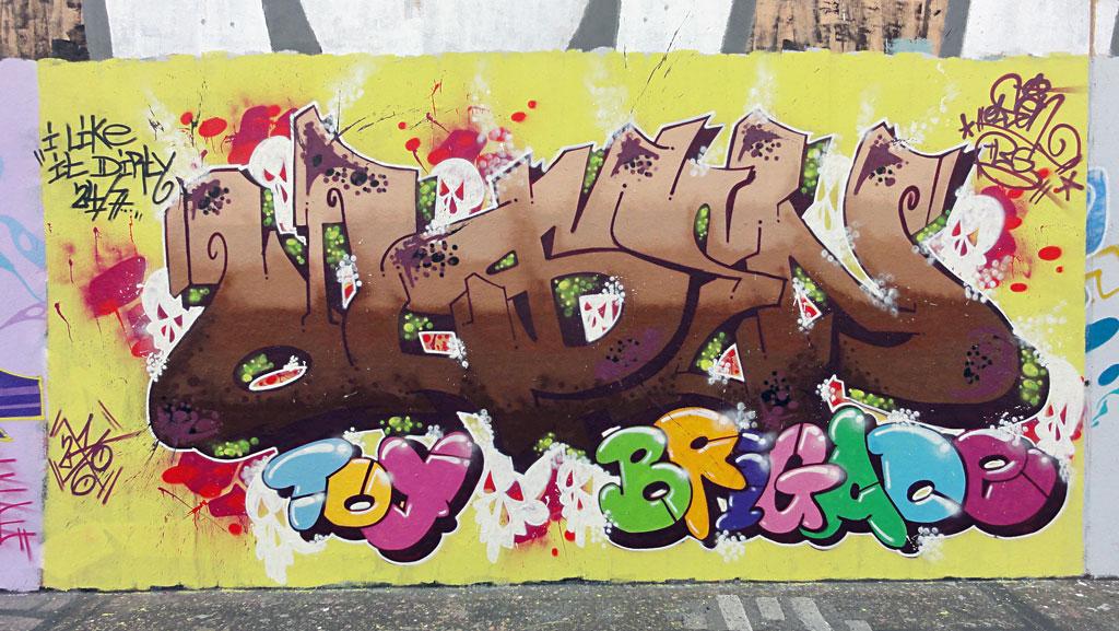 olsen-toy-brigade-hanauer-landstrasse-graffiti-in-frankfurt