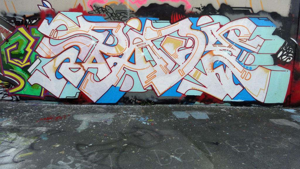 spade-hanauer-landstrasse-graffiti-in-frankfurt-2