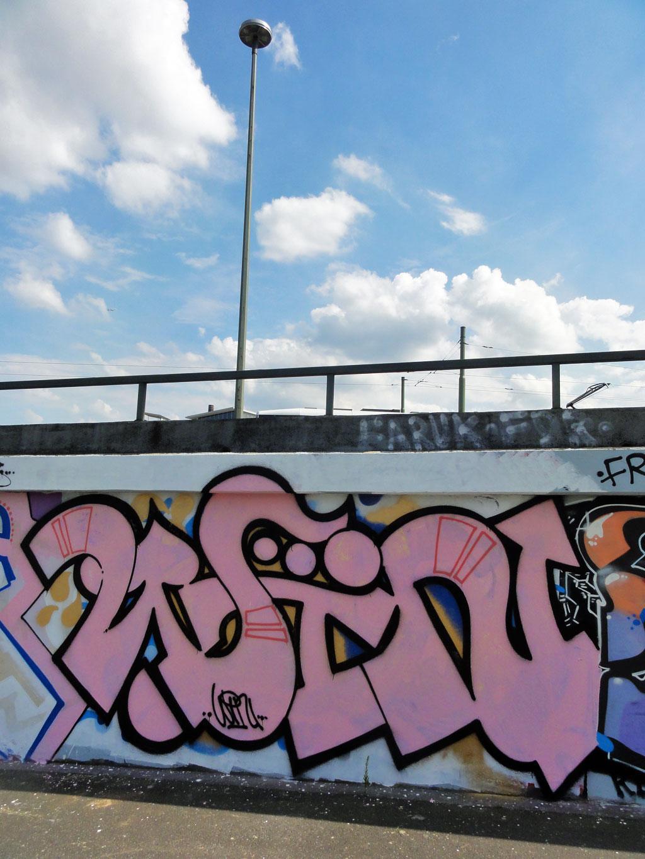 win-hanauer-landstrasse-graffiti-in-frankfurt
