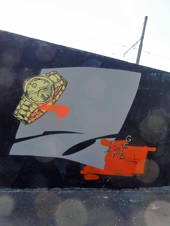zeit-ist-geld-hanauer-landstrasse-graffiti-in-frankfurt