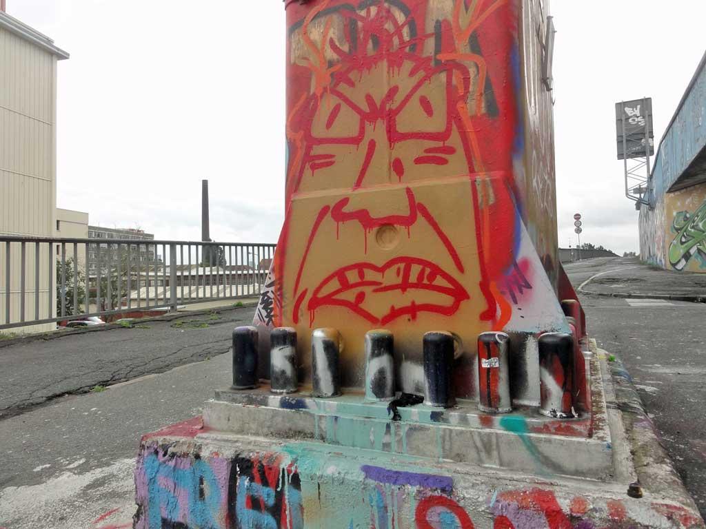 angry-face-hall-of-fame-ratswegkreisel-frankfurt-graffiti