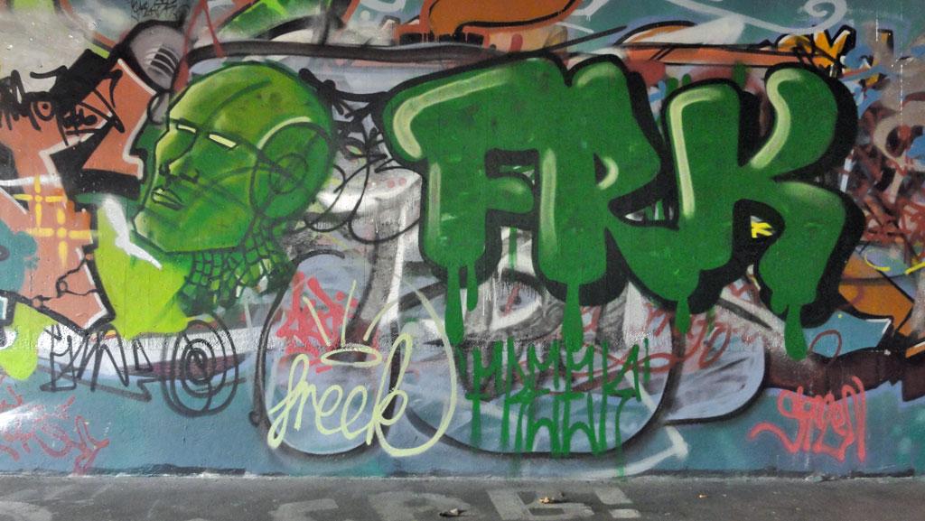 frk-hall-of-fame-ratswegkreisel-frankfurt-graffiti-1