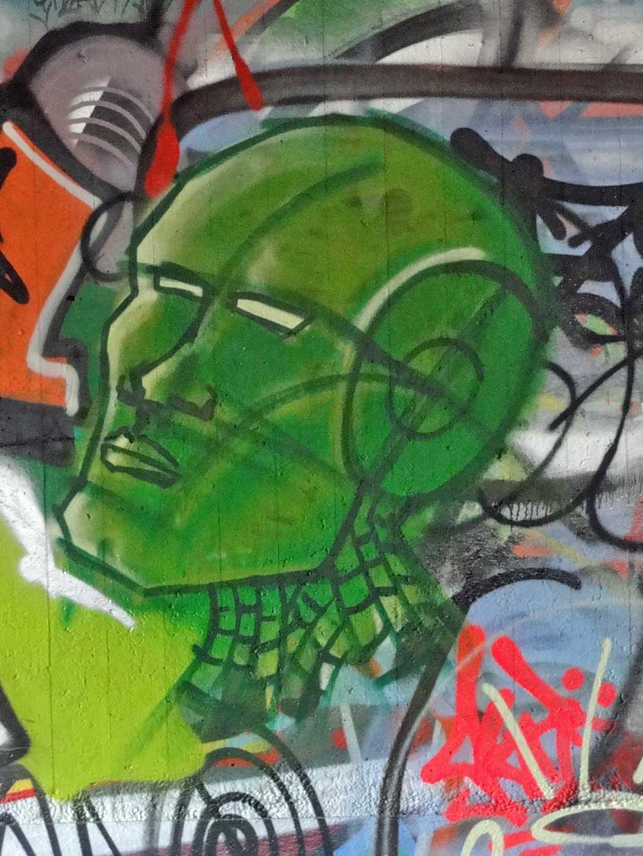 frk-hall-of-fame-ratswegkreisel-frankfurt-graffiti-2