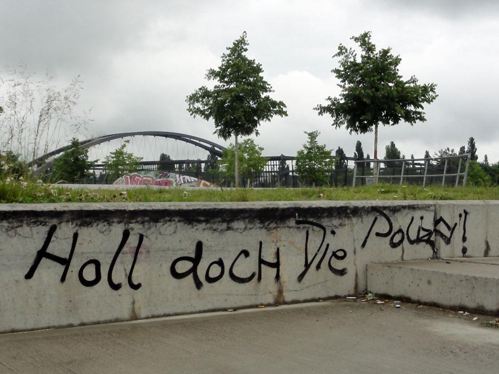 holl-doch-die-polizei