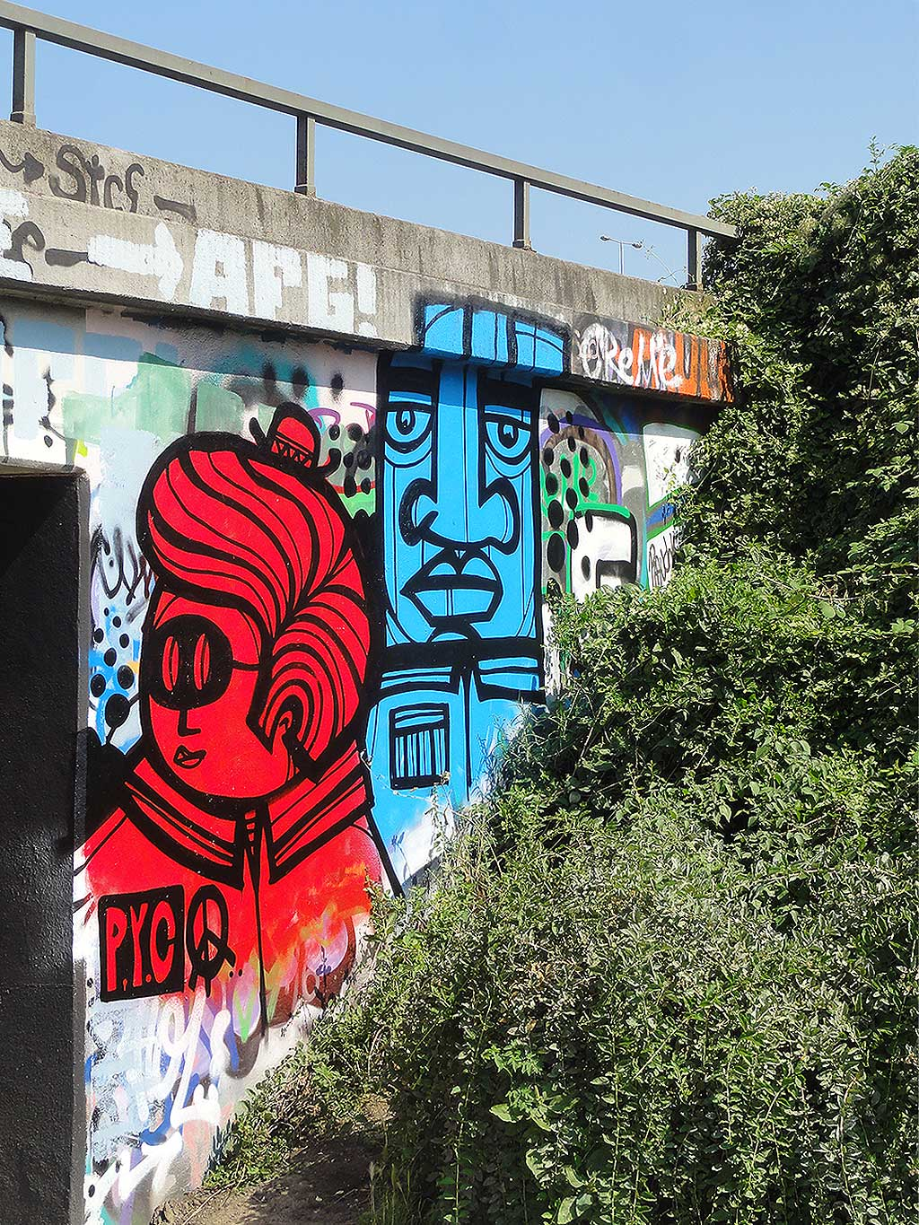 pyc-hall-of-fame-ratswegkreisel-frankfurt-graffiti-1