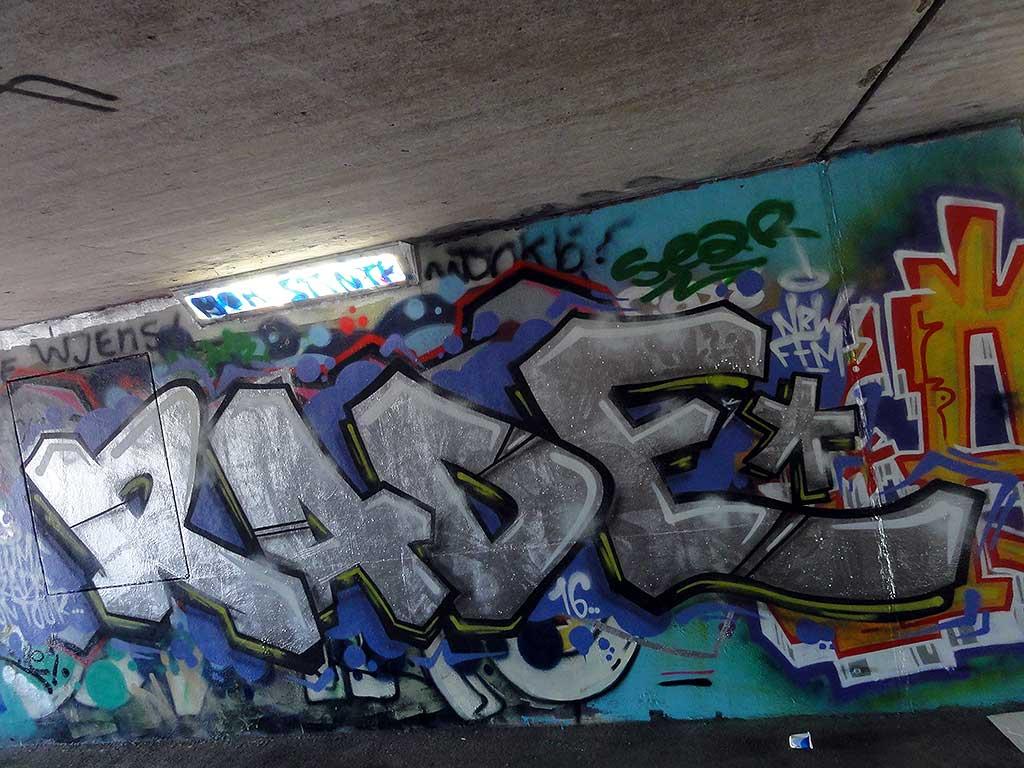 rade-hall-of-fame-ratswegkreisel-frankfurt-graffiti