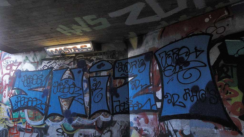 shizo-hall-of-fame-ratswegkreisel-frankfurt-graffiti