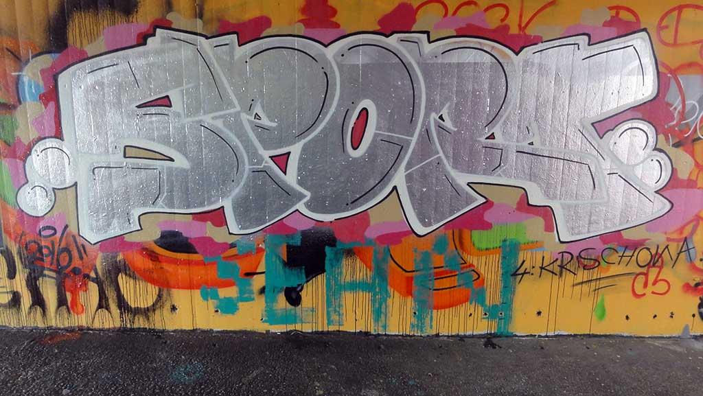 sport-hall-of-fame-ratswegkreisel-frankfurt-graffiti-2