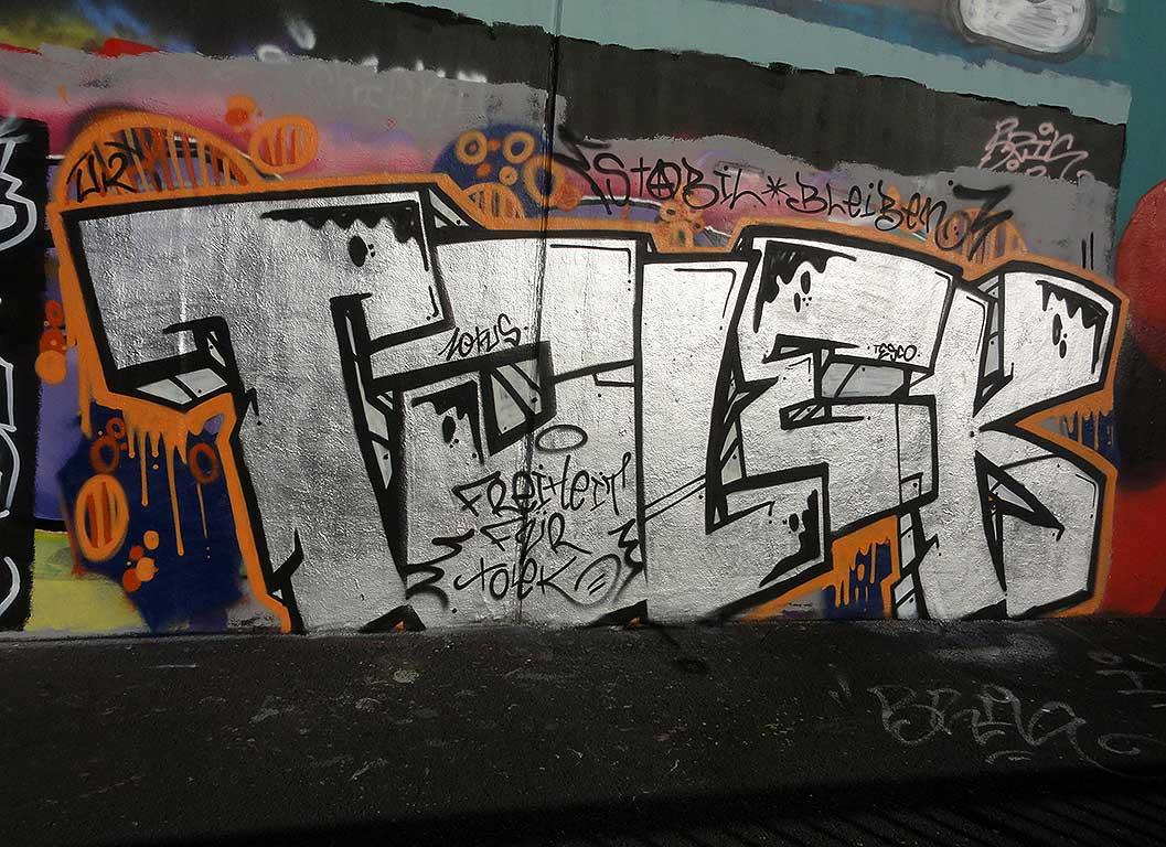 tolek-hall-of-fame-ratswegkreisel-frankfurt-graffiti
