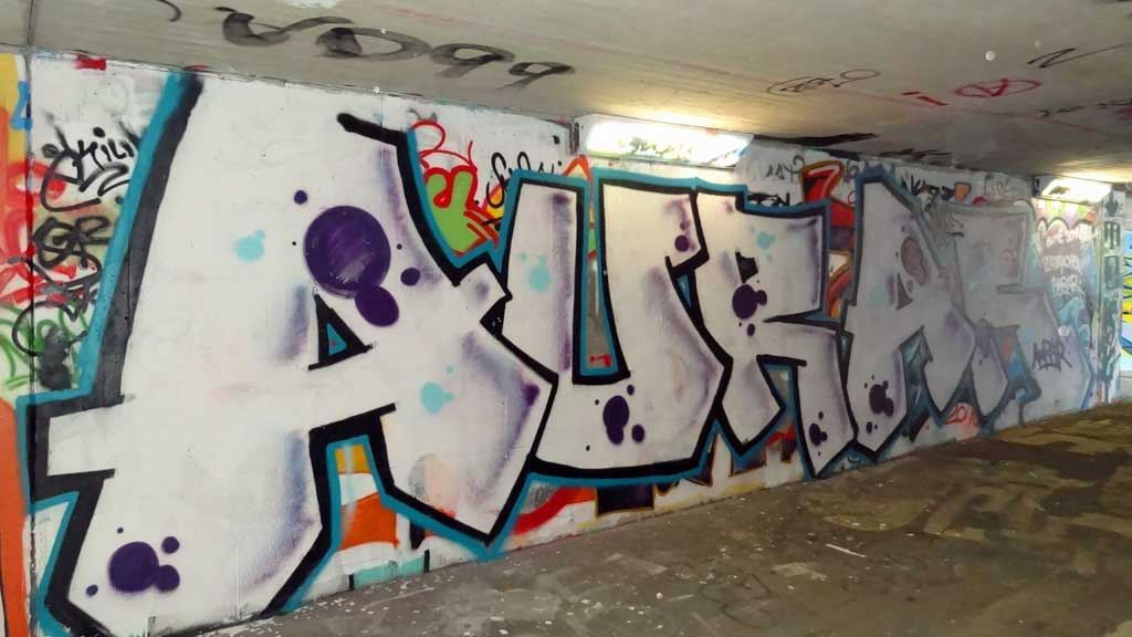 aurara-graffiti-hall-of-fame-am-ratswegkreisel-2