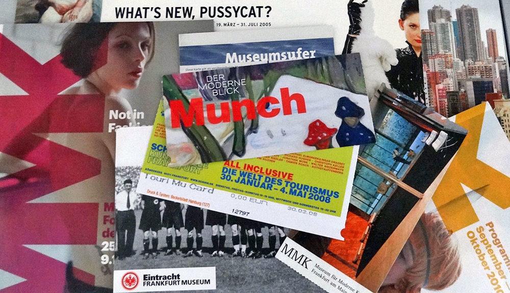 Eintrittskarten und Flyer für Veranstaltungen in Frankfurter Museen und Galerien