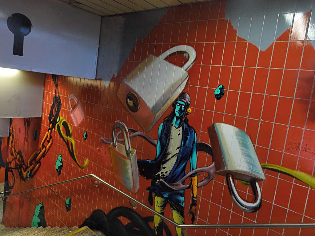 graffiti-galluswarte-case-maclaim-deih-xlf-09