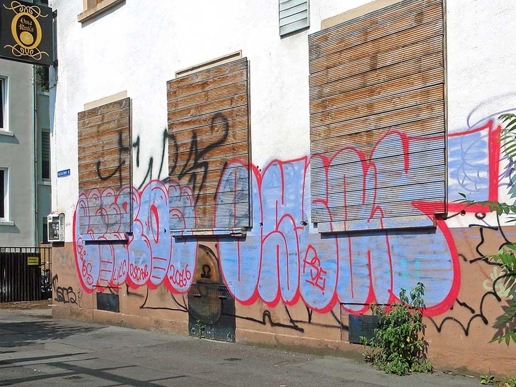 Graffiti in Frankfurt von Leeroy und OScar