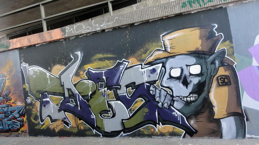toes-zombieland-graffiti-hall-of-fame-am-ratswegkreisel