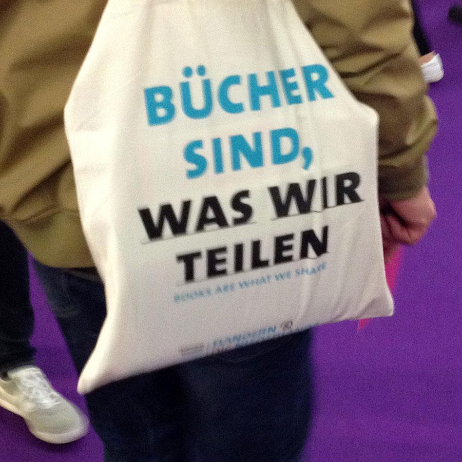 buecher-sind-was-wir-teilen-jutebeutel-frankfurter-buchmesse