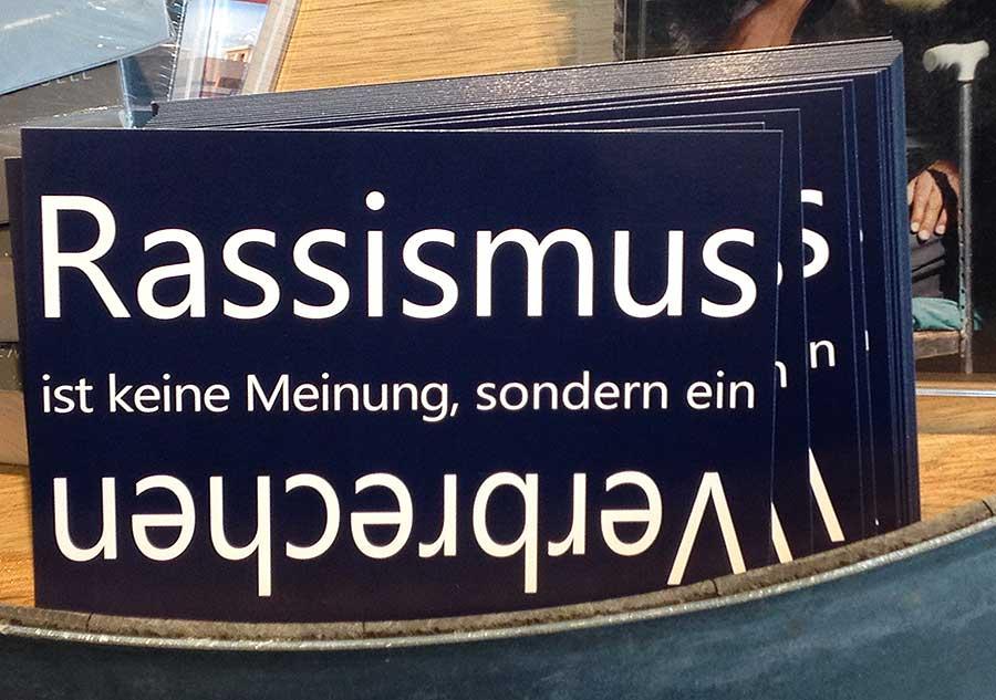 rassismus-ist-keine-meinung-sondern-ein-verbrechen-frankfurter-buchmesse-2016