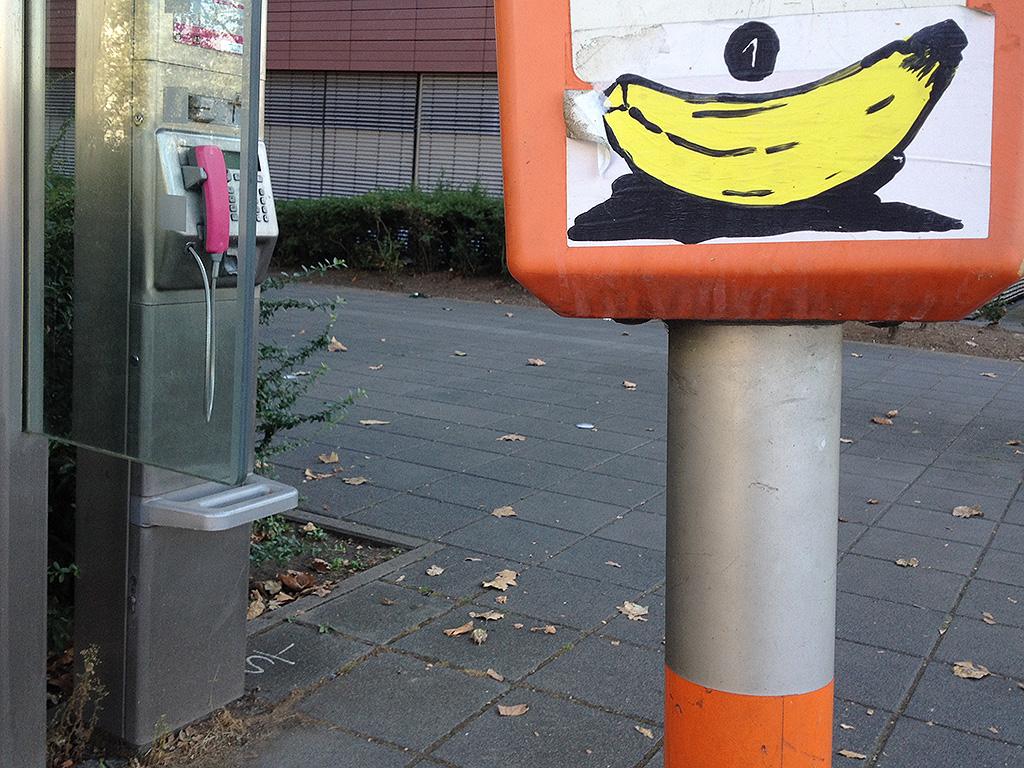 Aufkleber in Frankfurt: Banane 1