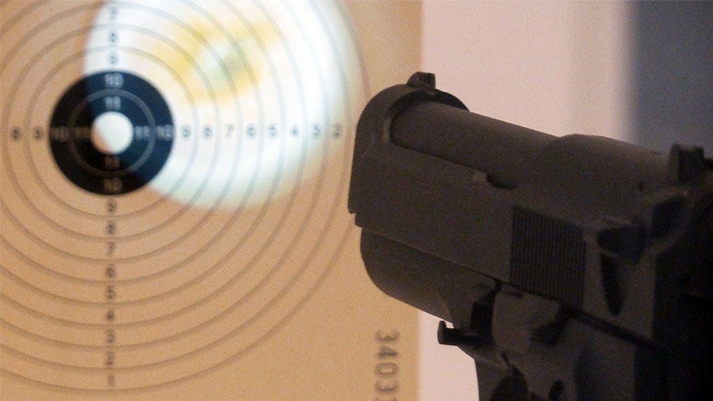 Museum Angewandte Kunst - Unter Waffen-Ausstellung