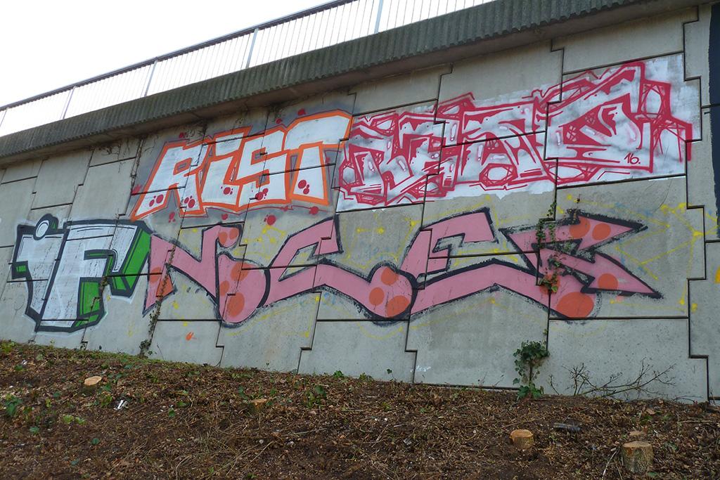 Graffiti in Frankfurt - IF, RIST, RESQ, NICE