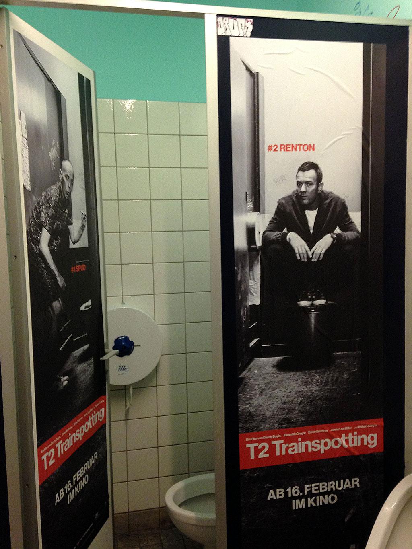 """Trainspotting 2""-Werbung im Klo"