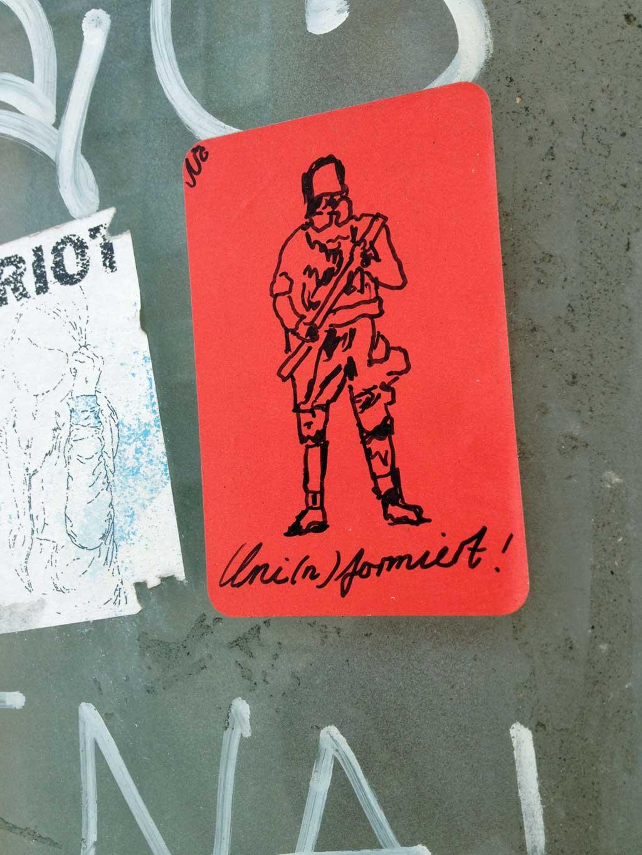 Stickerart mit roten Blanko-Etiketten