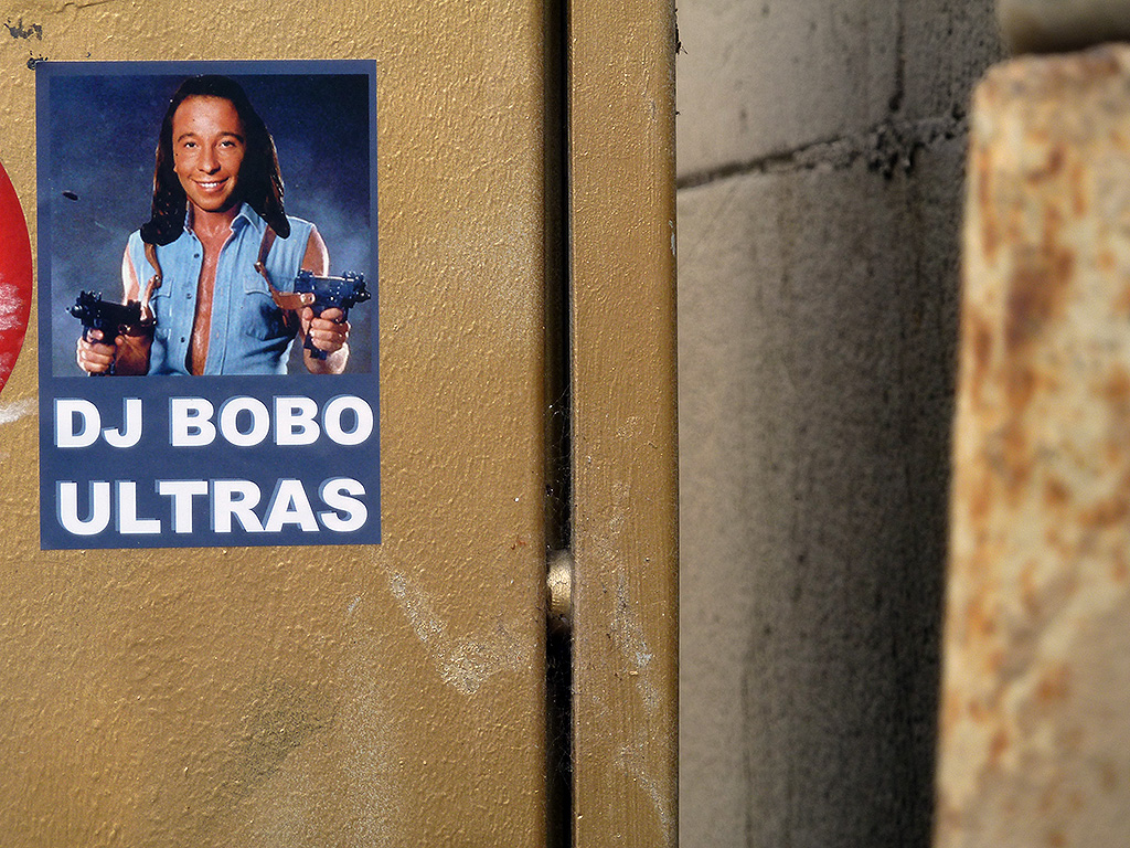 Stickerart in Offenbach - DJ BOBO ULTRAS