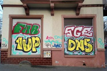 Rollladen Graffiti in Frankfurt