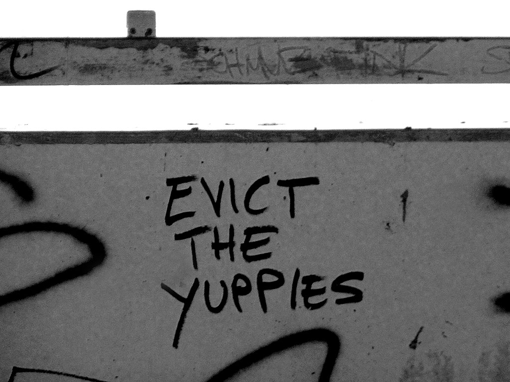 Streettalk in Frankfurt: Evict the yuppies